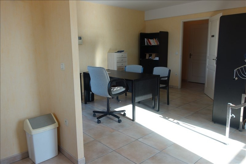 Vente appartement La roche sur yon 149 000€ - Photo 3