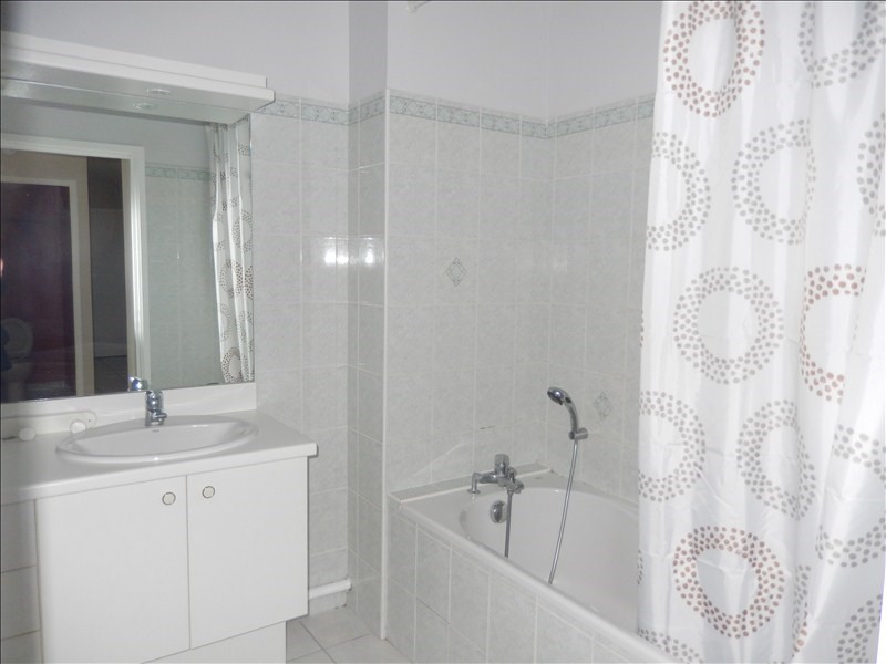 Rental apartment Le puy en velay 570€ CC - Picture 9