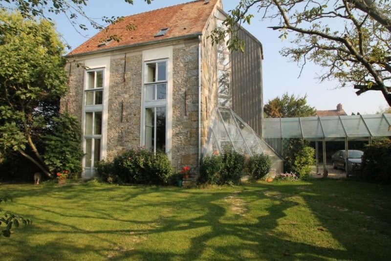 Sale house / villa Machault 379000€ - Picture 1