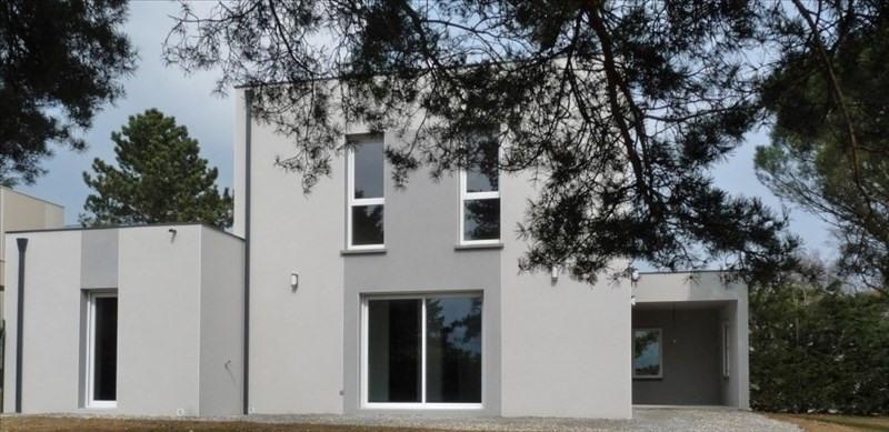 Location maison / villa Sainte consorce 1545€ CC - Photo 1