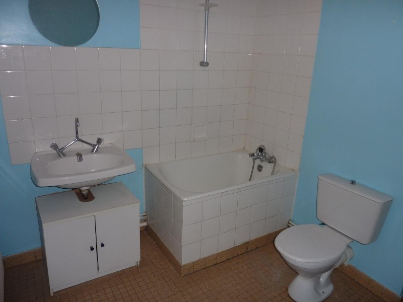 Rental apartment Le coteau 460€ CC - Picture 2