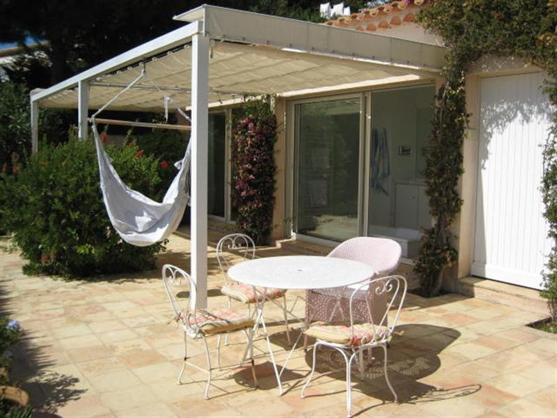 Vacation rental house / villa Cavalaire sur mer 2 800€ - Picture 9