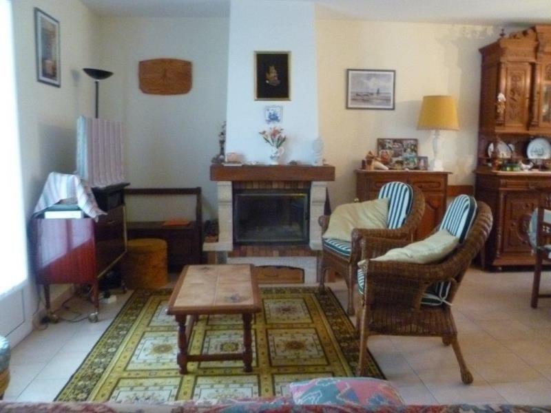 Vente maison / villa Le chateau d'oleron 230800€ - Photo 5