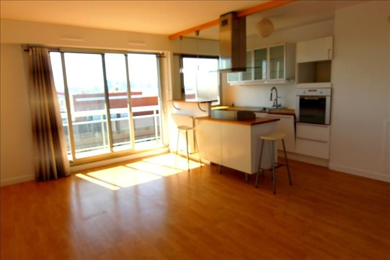 Rental apartment Clichy 1 450€ CC - Picture 1