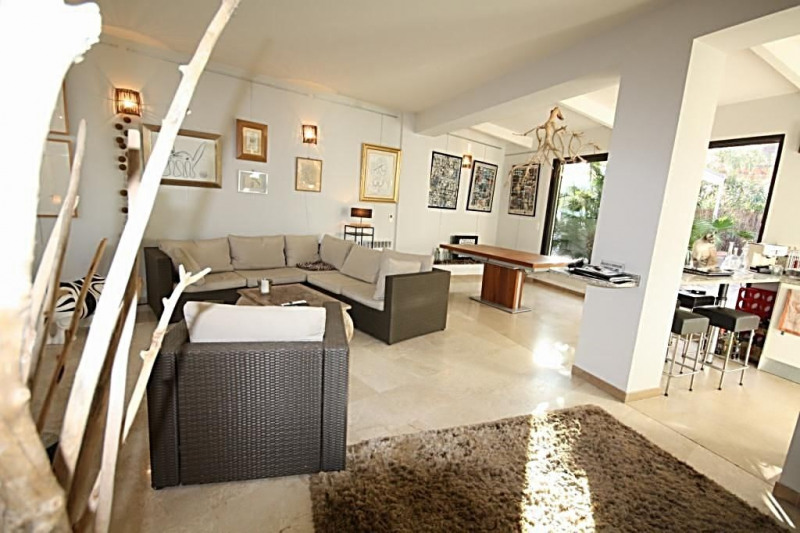 Sale apartment Juan-les-pins 550 000€ - Picture 4