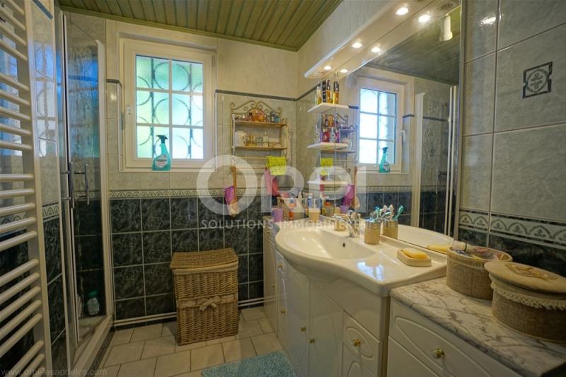 Sale house / villa Les andelys 220000€ - Picture 8