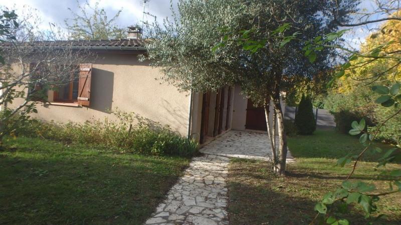 Location maison / villa Castanet-tolosan 1200€ CC - Photo 2