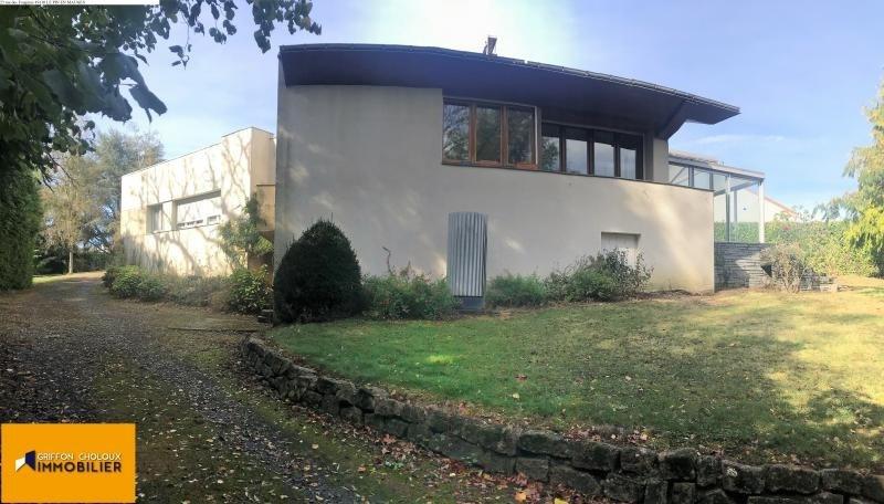 Sale house / villa St pierre montlimart 157900€ - Picture 1