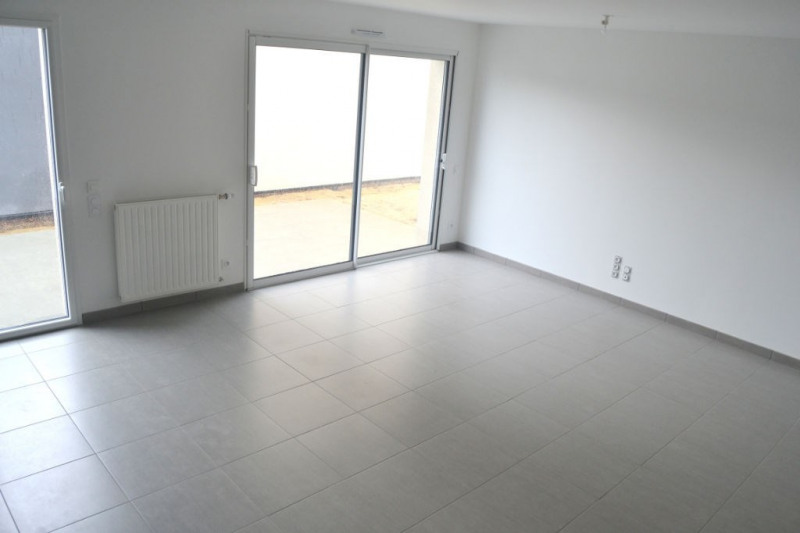 Location maison / villa L hermitage 813€ CC - Photo 5