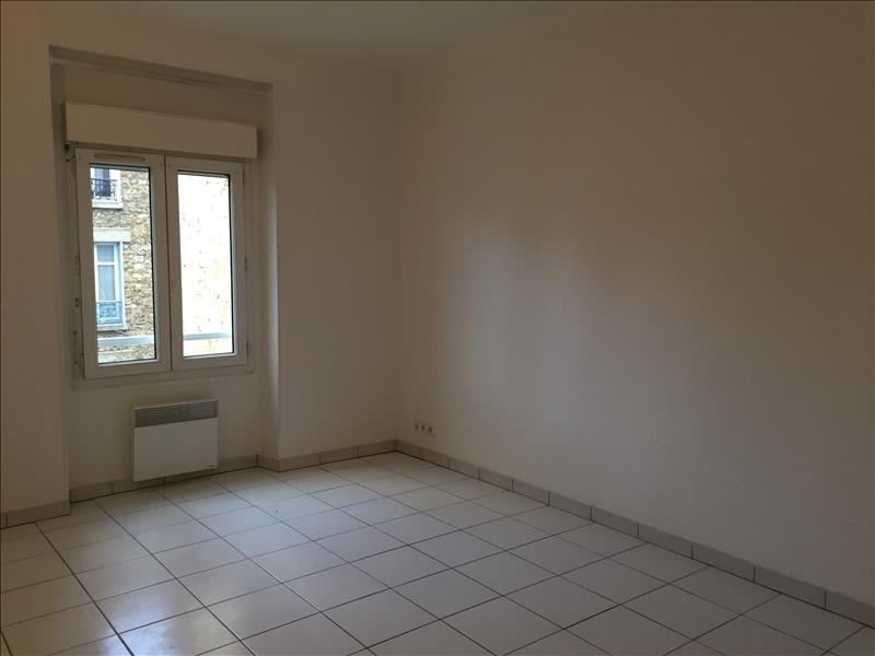 Rental apartment Versailles 870€ CC - Picture 2