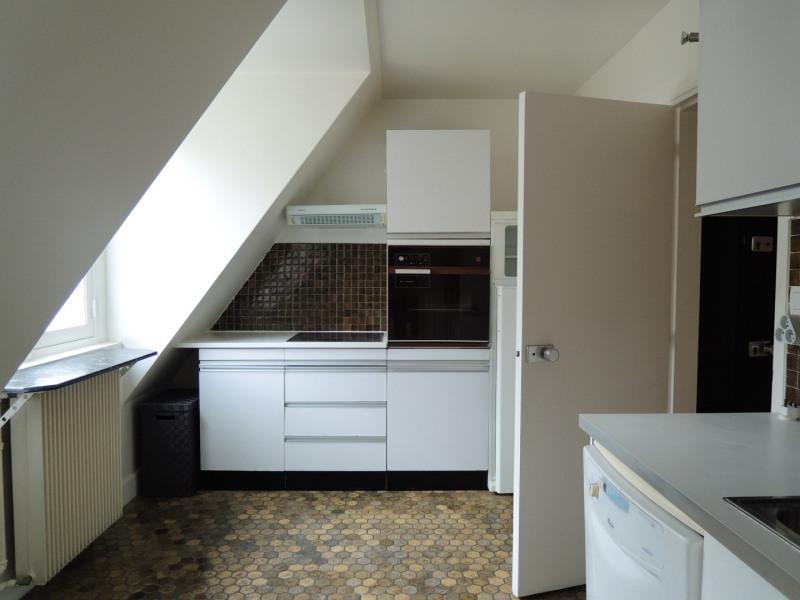 Location appartement Paris 3ème 2731,70€ CC - Photo 10