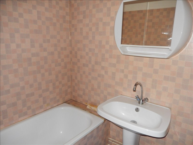 Location appartement Le puy en velay 256,79€ CC - Photo 5