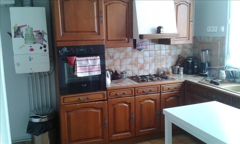 Rental house / villa Aiffres 705€ CC - Picture 7