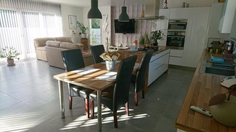 Revenda casa Velleron 411000€ - Fotografia 5