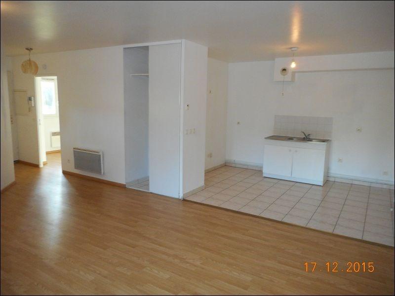 Rental apartment Juvisy sur orge 1011€ CC - Picture 2