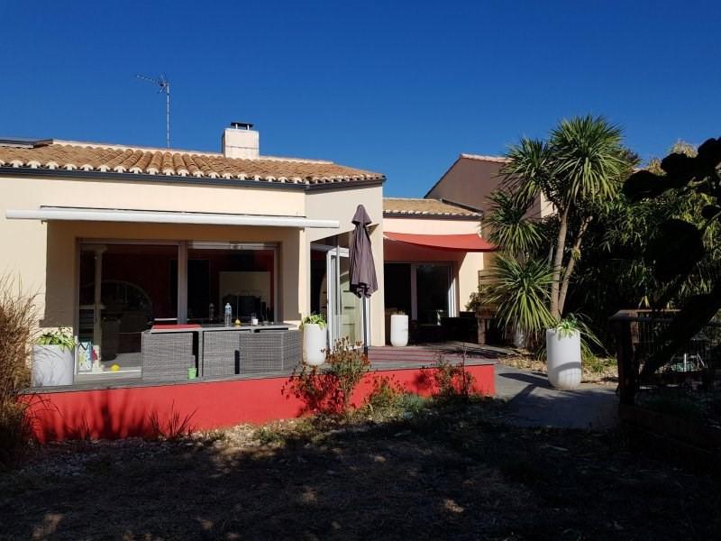 Deluxe sale house / villa Chateau d olonne 707000€ - Picture 2