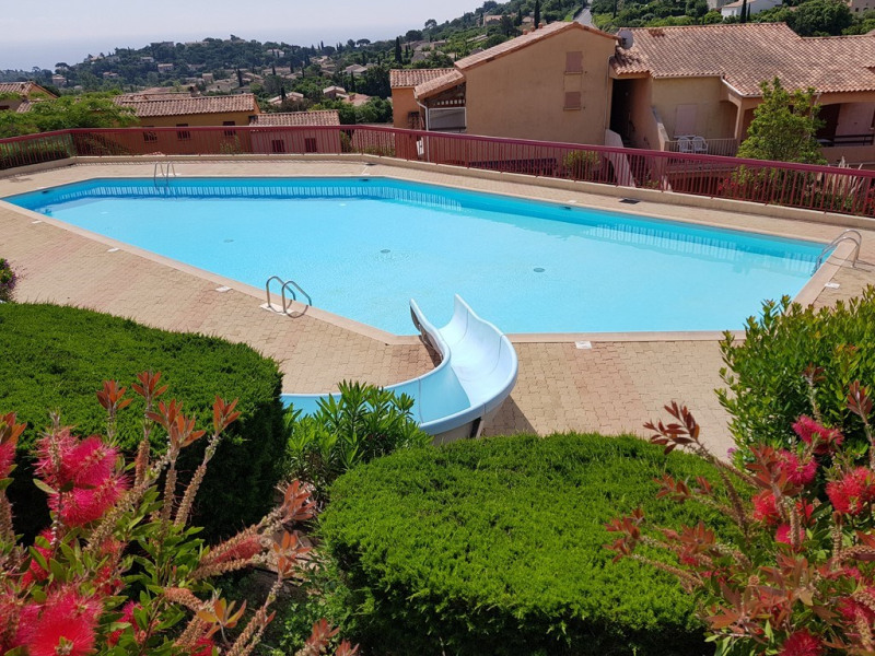 Vacation rental apartment Cavalaire sur mer 400€ - Picture 1