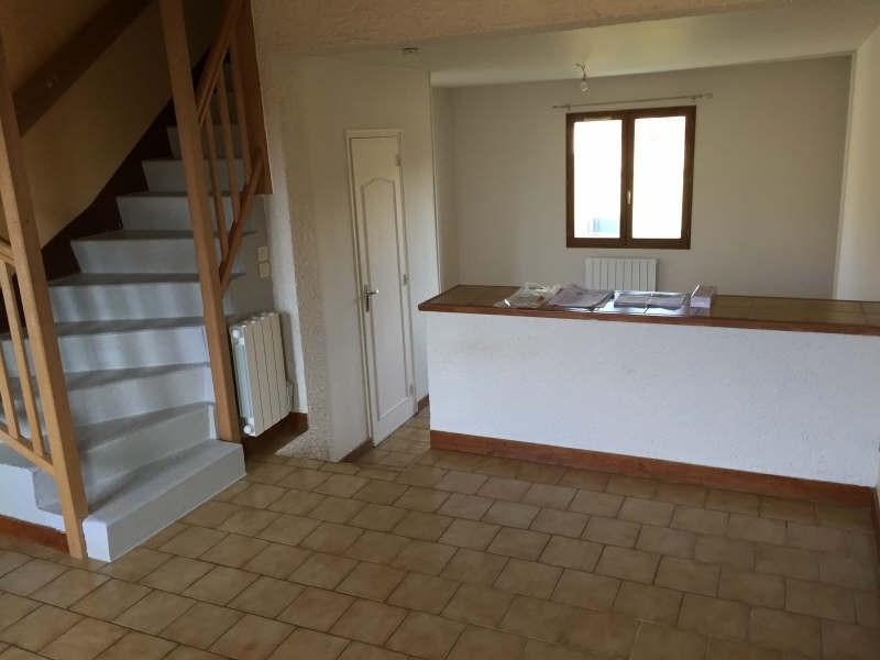 Location appartement St benoit 475€ CC - Photo 2