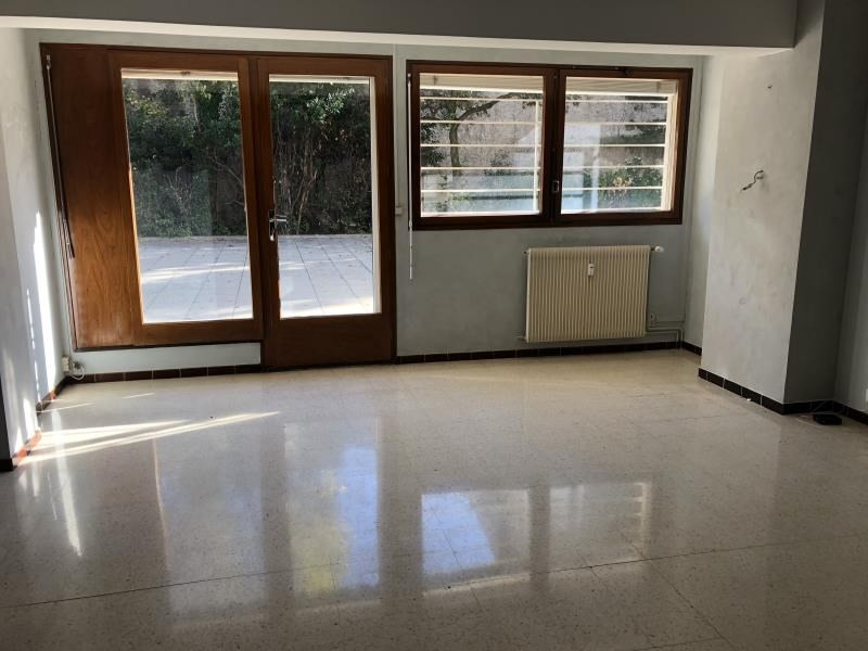 Location appartement Nimes 898€ CC - Photo 1