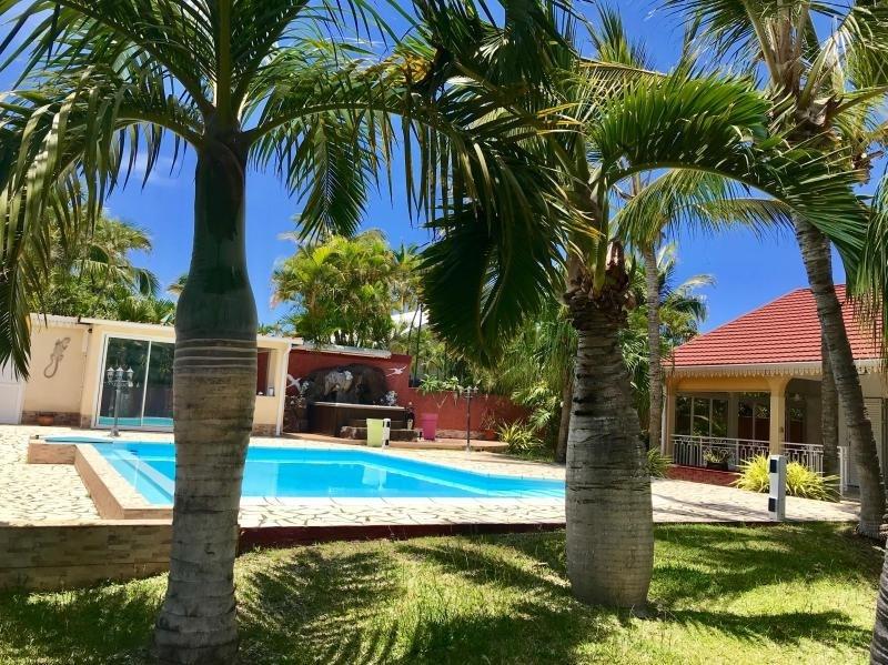 Revenda residencial de prestígio casa L etang sale 720000€ - Fotografia 2