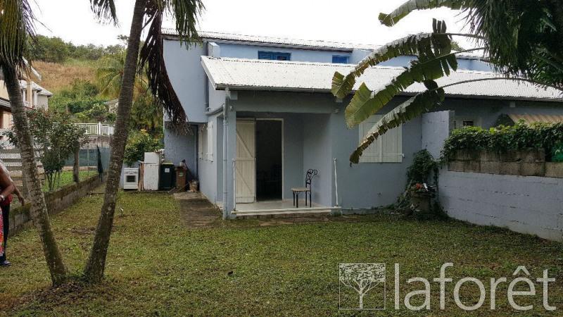 Location maison / villa La trinite 1145€ CC - Photo 1