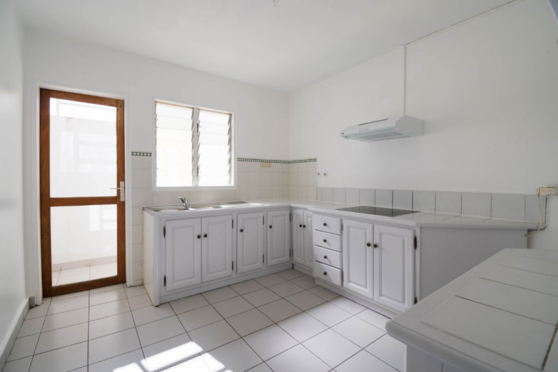 Rental apartment Saint denis 850€ CC - Picture 5