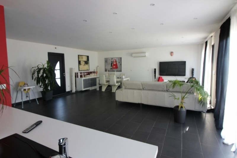 Deluxe sale house / villa Bouc bel air 945000€ - Picture 2