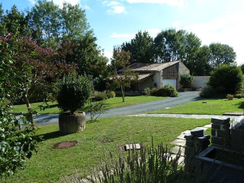 Sale house / villa Niort 332800€ - Picture 2