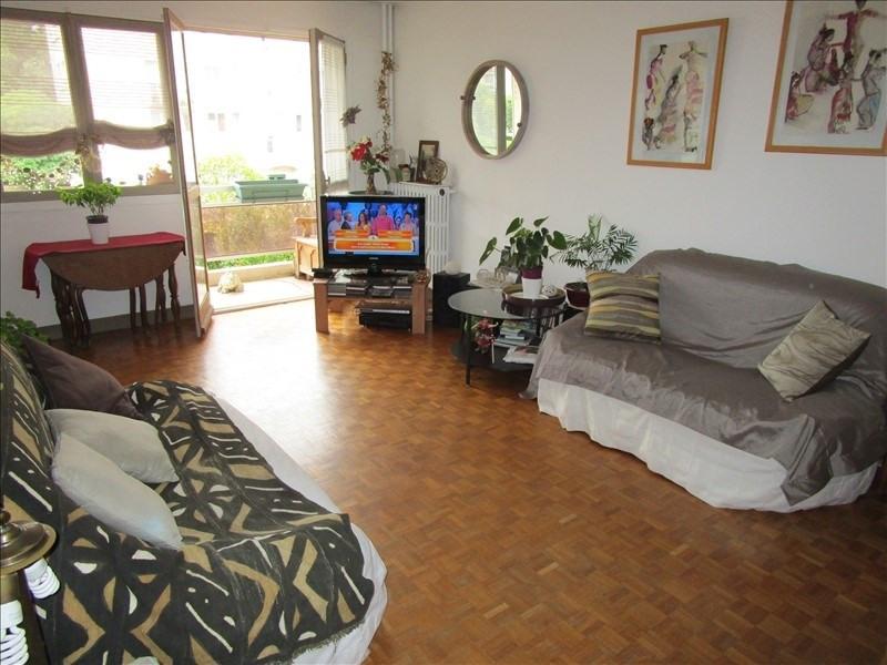 Sale apartment Le pecq 230000€ - Picture 2