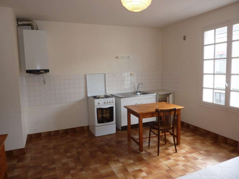 Rental apartment Pontivy 232€ CC - Picture 3