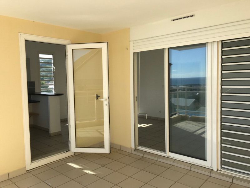 Sale apartment St joseph 97 200€ - Picture 2