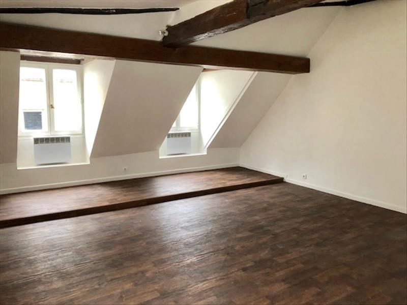 Location appartement Paris 6ème 1 390€ CC - Photo 1