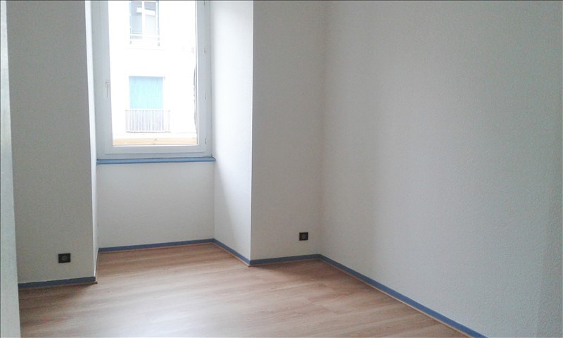 Location appartement Quimperle 431€ CC - Photo 3