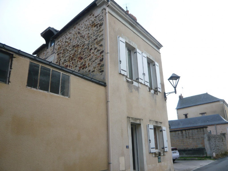 Sale house / villa Meslay du maine 38 500€ - Picture 2