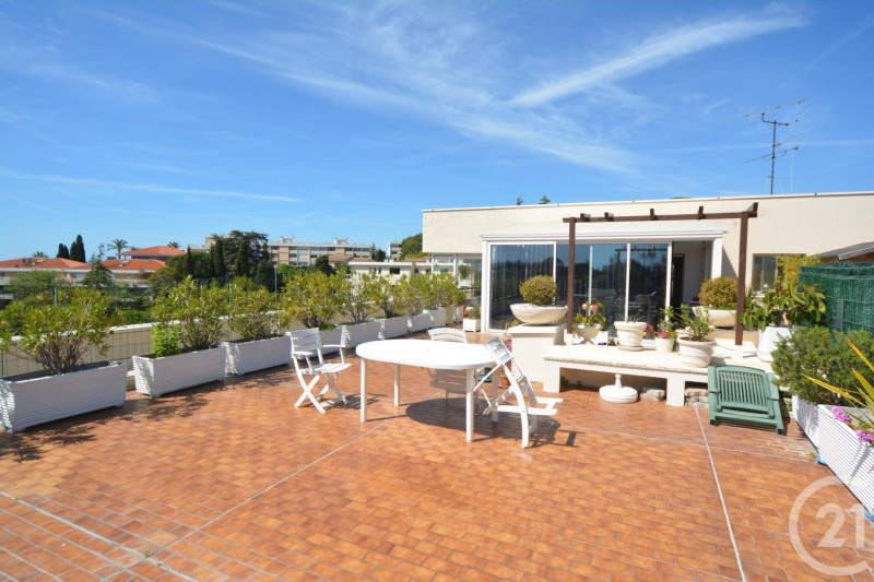 Deluxe sale apartment Antibes 600 000€ - Picture 1