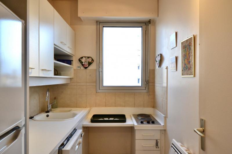 Sale apartment Lyon 6ème 375000€ - Picture 3