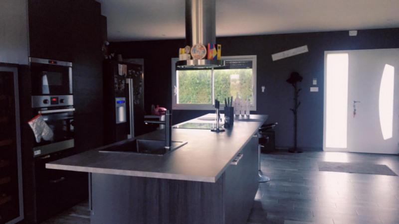 Sale house / villa Paucourt 284000€ - Picture 5