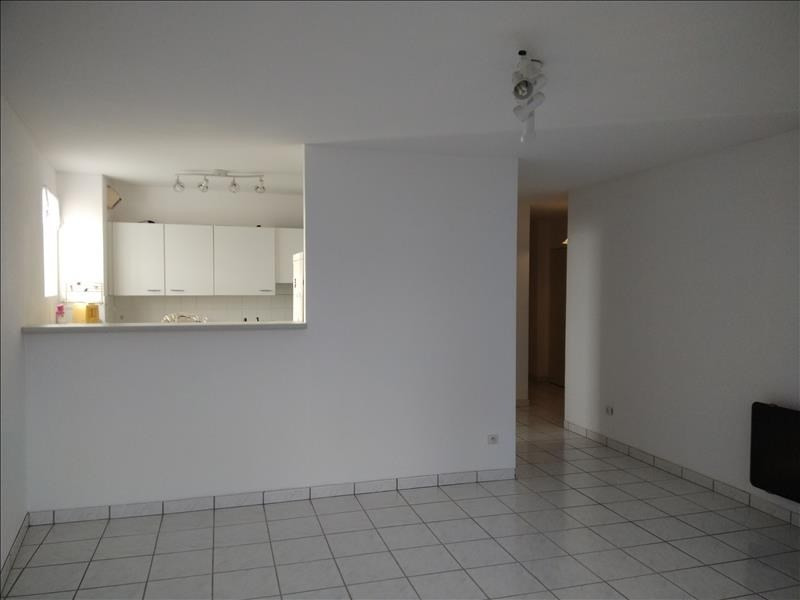 Location appartement Vendome 480€ CC - Photo 1