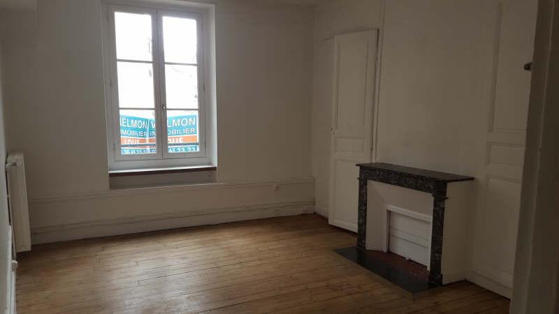 Rental apartment St germain en laye 946€ CC - Picture 1
