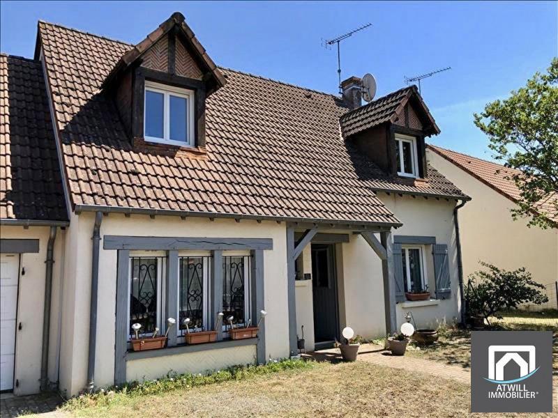 Sale house / villa Saint gervais la foret 239300€ - Picture 2