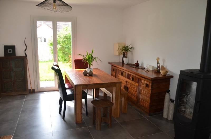 Vente maison / villa Machault 254000€ - Photo 4