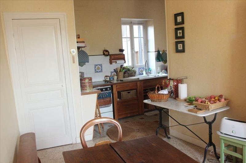 Sale house / villa Le bois d oingt 299000€ - Picture 8