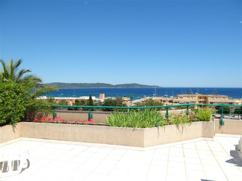 Location vacances appartement Cavalaire 800€ - Photo 1