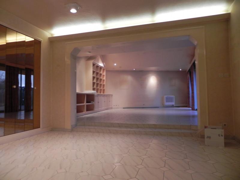 Sale building Agen 250000€ - Picture 2