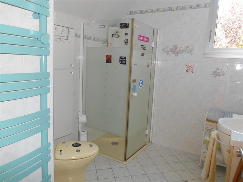 Sale house / villa Lons-le-saunier 440000€ - Picture 8
