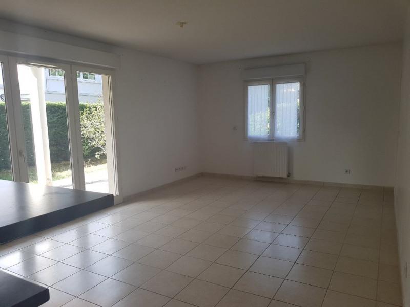 Rental apartment Romans sur isere 820€ CC - Picture 2