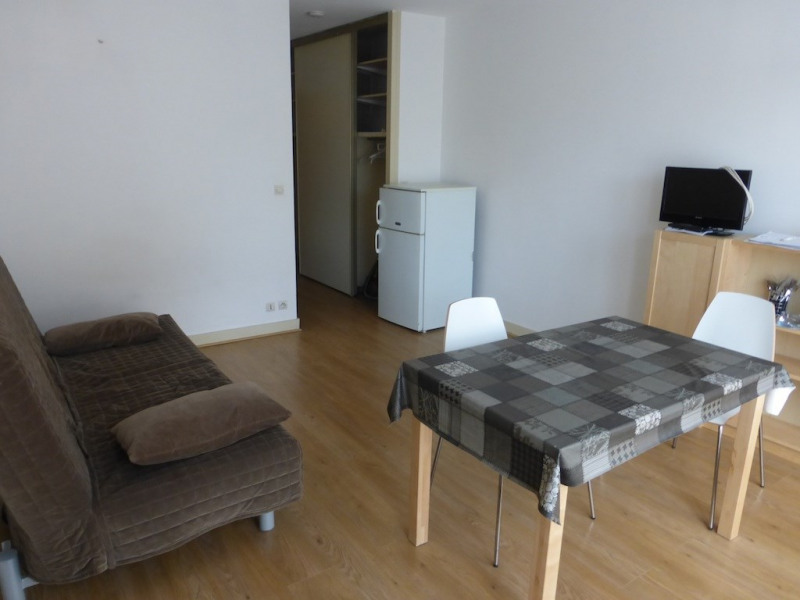 Location appartement Orsay 650€ CC - Photo 1