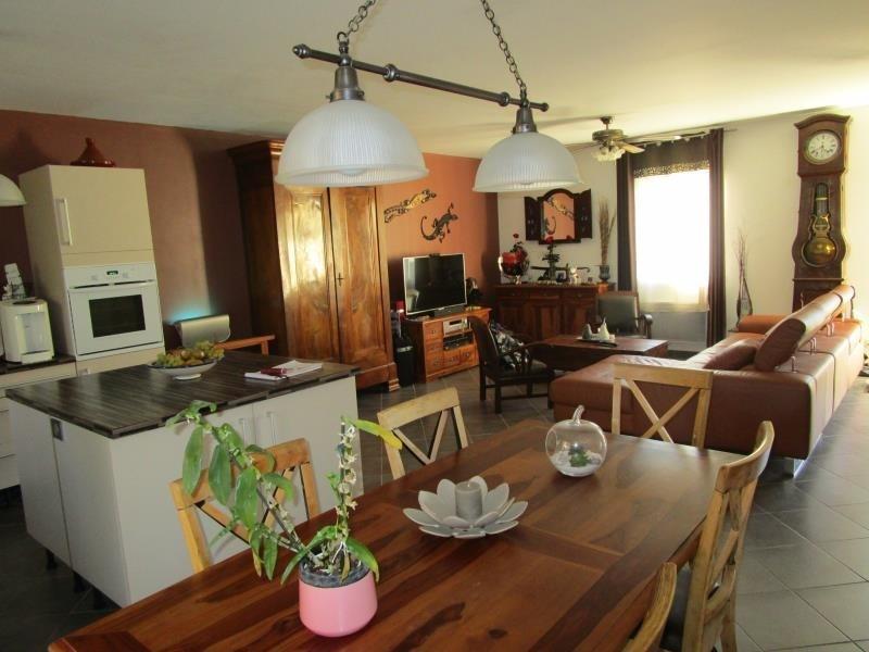 Sale house / villa Ambares et lagrave 290500€ - Picture 2