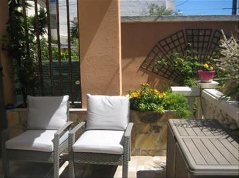 Sale house / villa Toulon 359500€ - Picture 2