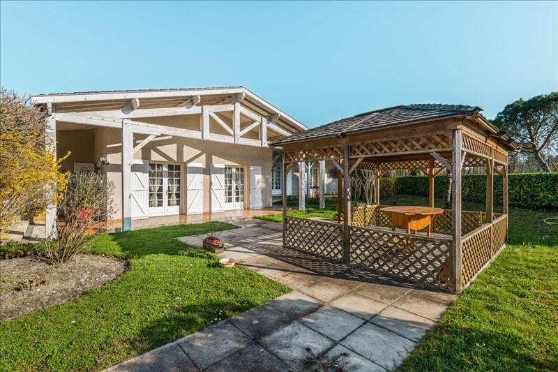 Deluxe sale house / villa Arsac 892500€ - Picture 2